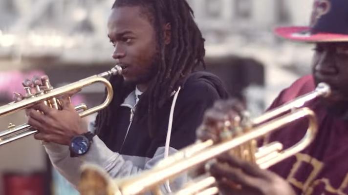Hot 8 Brass Band – Sexual Healing [Marvin Gaye]